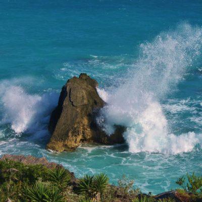 Large Surf - 22 - Roland Skinner Bermuda Photography